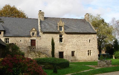 Keroman Luxurious Manor House Languidic sleeps 10